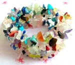 Jewelry manufacturer supplies wholesale import gemstone bracelet. Fashion wide stretchy bracelet with multiple colored crystal chips inlaid, one size fits al